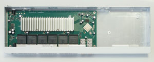 mikrotik CRS326-24G-2S+RM 2 switches